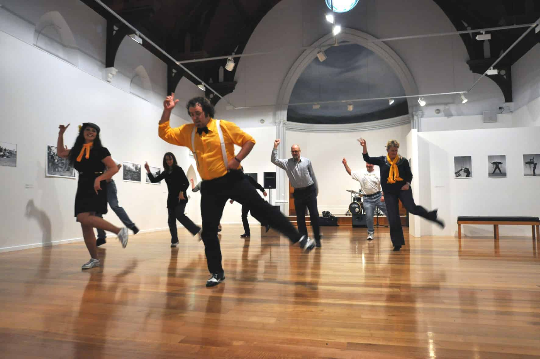 SwingMania Dance Classes