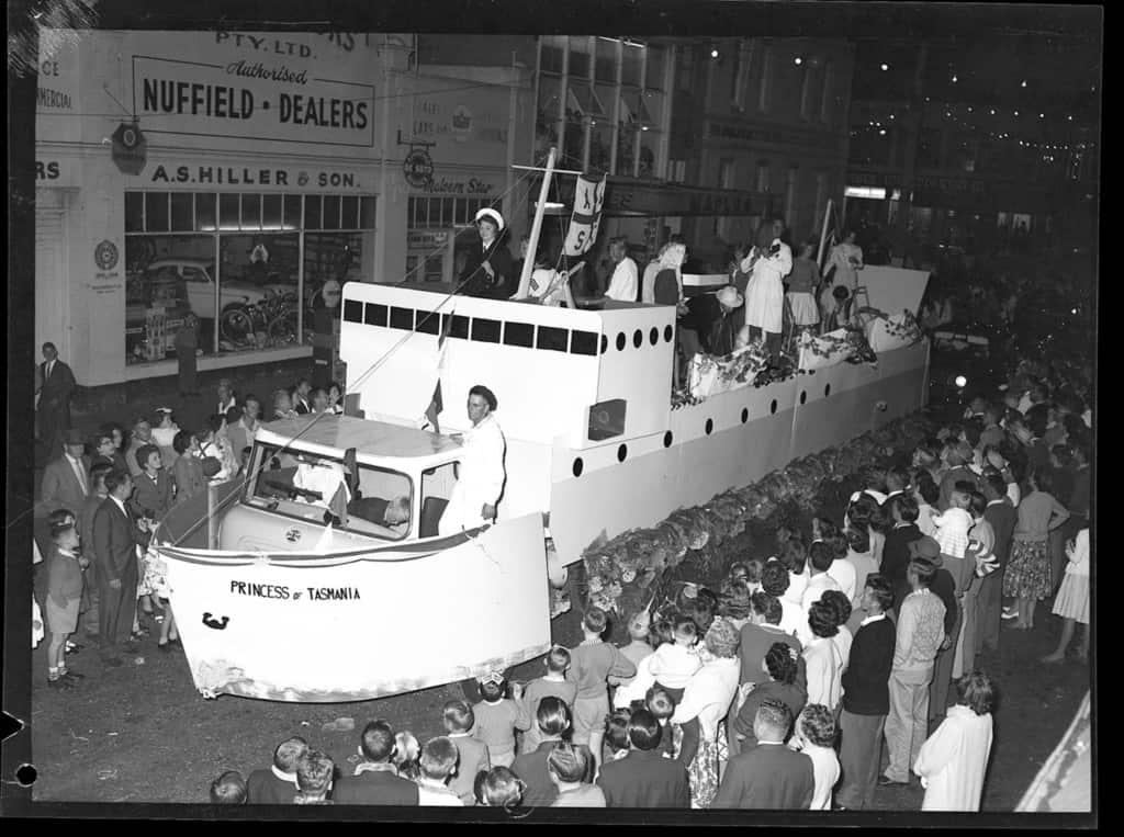 The Robinson Collection, DCC Permanent Collection Mardi Gras Dahlia Festival 1961 Devonport