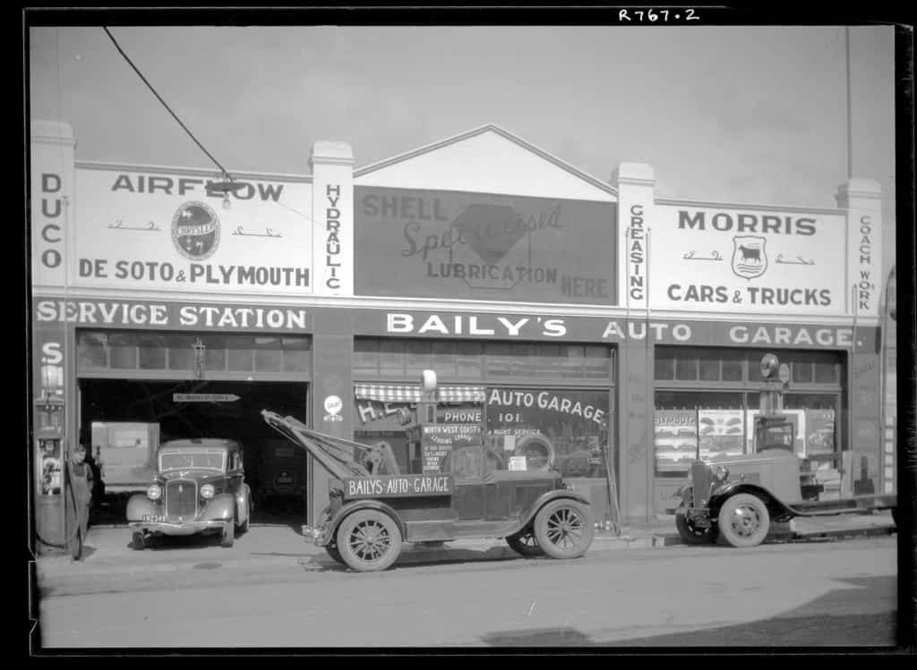 The Robinson Collection, DCC Permanent Collection Baily's Auto Garage 1934 Devonport