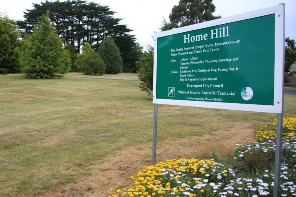Home Hill Sign