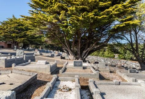 General Cemetery 2 Kelly Slater